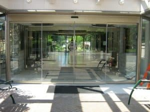 record-5200-series-all-glass-sliding-door-281 (1)